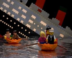 Le cauchemar des assureurs et des architectes : Le Titanic (le vrai pas en légo )